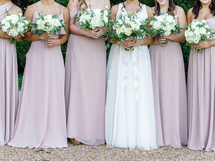 Tmx 208 51 1951189 160816340334328 Bristow, VA wedding florist
