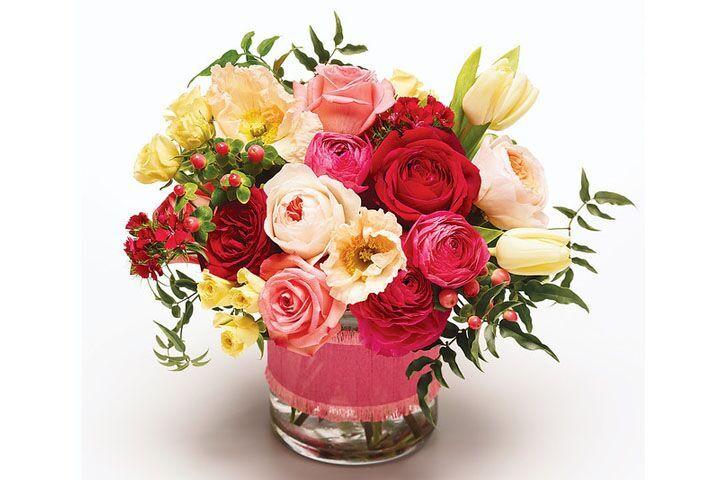 BLOOMS & PETALS FRESH FLOWERS