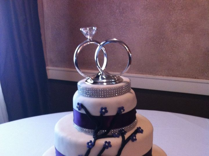 Tmx 1340581946036 PurpleandWhite San Antonio, TX wedding cake