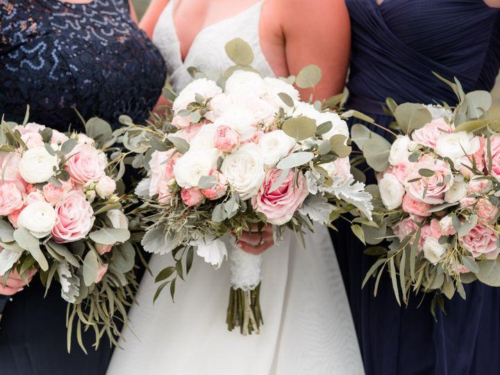 Tmx Allisonadam Preceremony 54 Of 119 51 197189 157902553675388 York, PA wedding florist