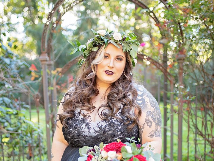 Tmx Meredith Josh00264 51 197189 York, PA wedding florist
