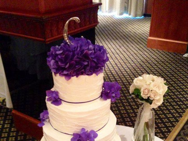 Tmx 1437880854744 Weddingcakepurpleflowers Hampton, NH wedding cake