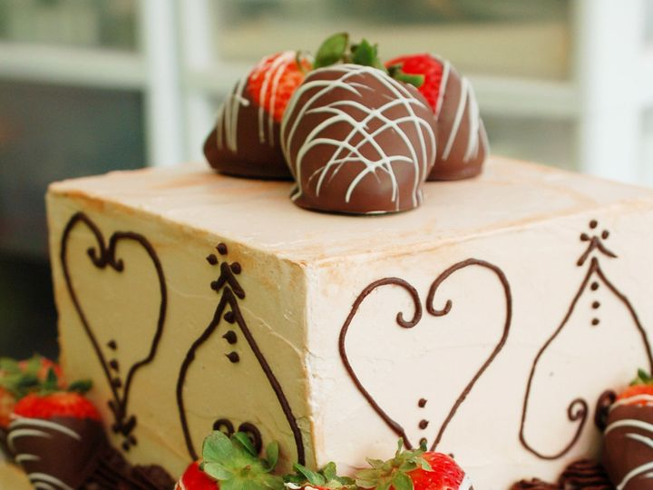 Tmx 1437881984372 Specialtycakechocstrawberries Hampton, New Hampshire wedding cake