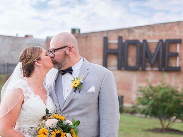 Tmx Img 2695 51 1260289 159682000899543 Sanford, NC wedding florist