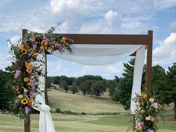 Tmx Img 3933 51 1260289 159681885122293 Sanford, NC wedding florist