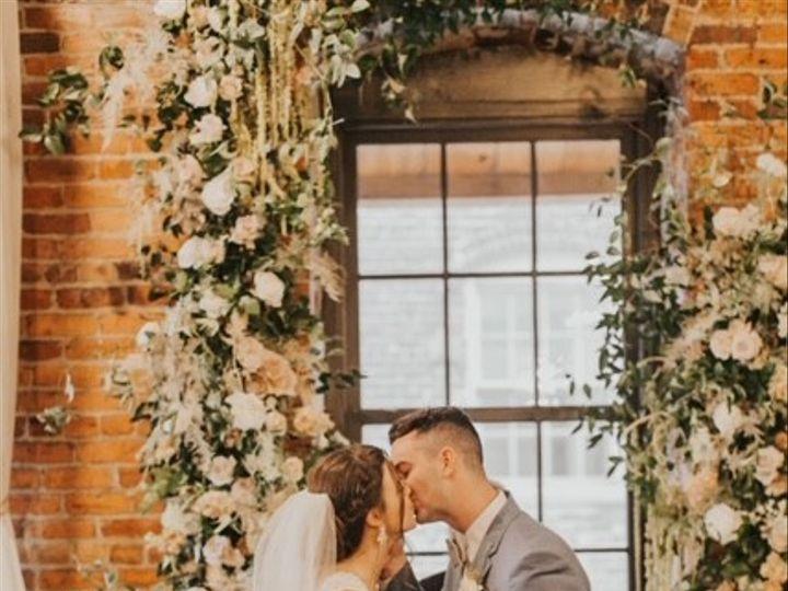 Tmx Img 9327 1 51 1260289 157988500929029 Sanford, NC wedding florist
