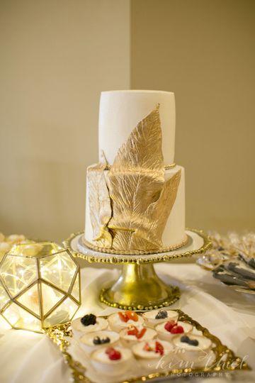 COOKIELICIOUS CAKES, LLC - Wedding Cake - Naples, FL - WeddingWire