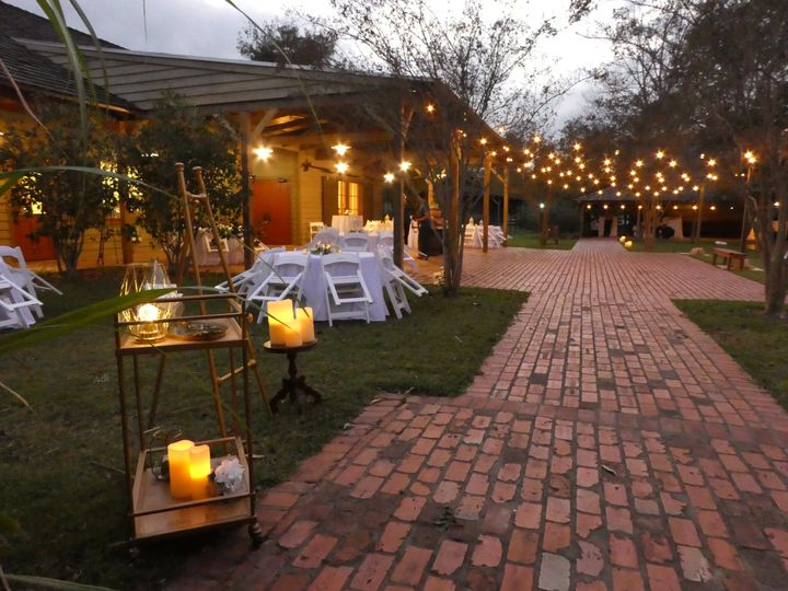 Candlelit outdoor banquet