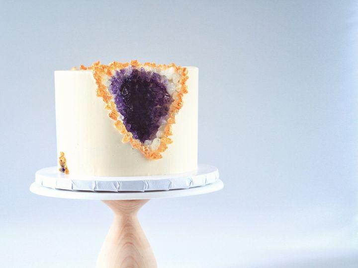Tmx Img 4090 51 1074289 158162139810995 Brooklyn, NY wedding cake