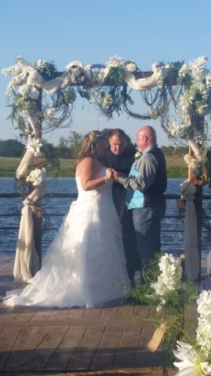 Lake side with sand ceremony