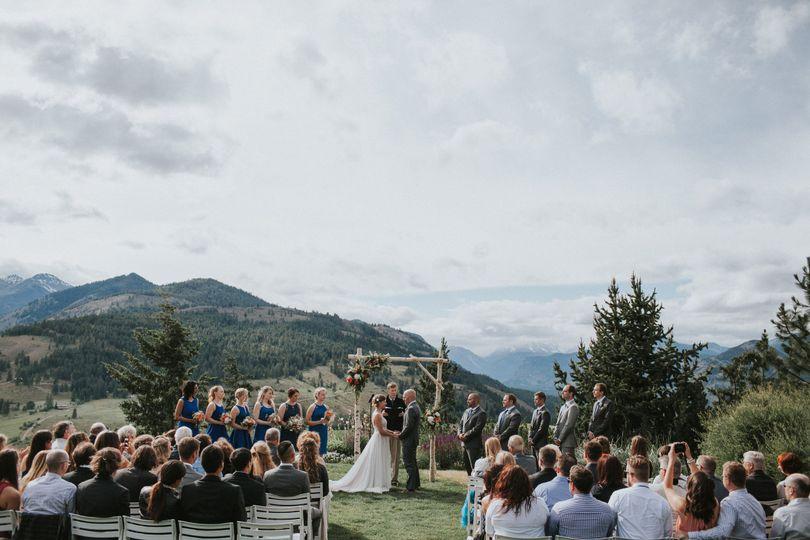 Sun Mountain Lodge Outdoor Ceremony