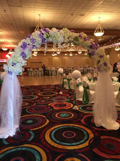 Queen Wedding Decor Venue Parker Dam Ca Weddingwire