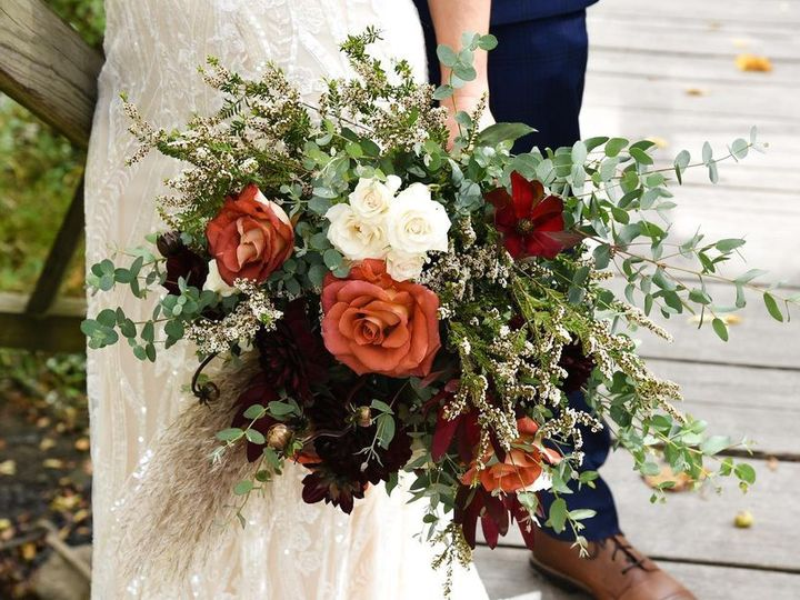 Tmx 122441449 673450830221529 3075040305914190591 O Copy Copy 51 1883389 160348753116867 Sugarcreek, OH wedding florist
