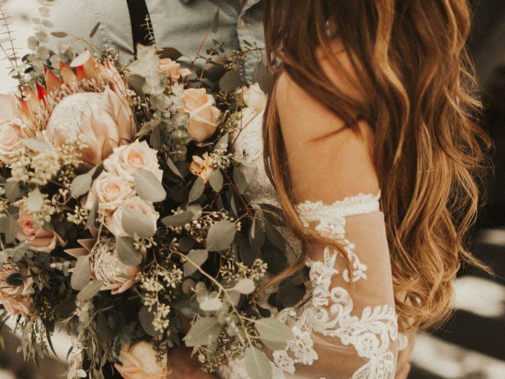Tmx 2d0a0913 51 1883389 160348753184287 Sugarcreek, OH wedding florist