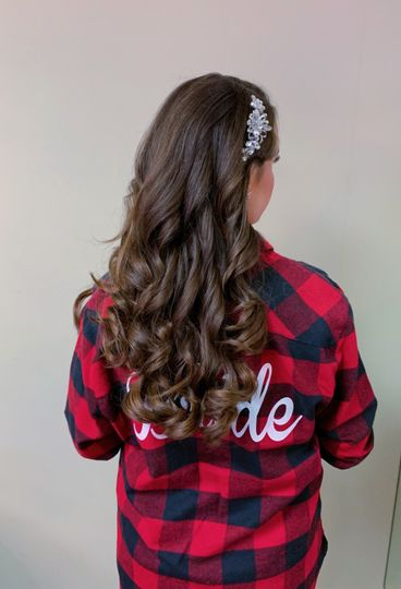 Bouncy curls by Aphrodite
