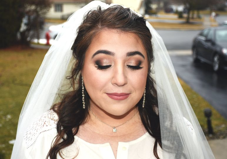 Gorgeous rose gold bridal look
