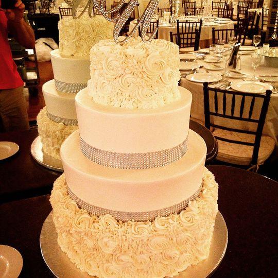 Ye olde pie shoppe - Wedding Cake - Little Silver, NJ - WeddingWire