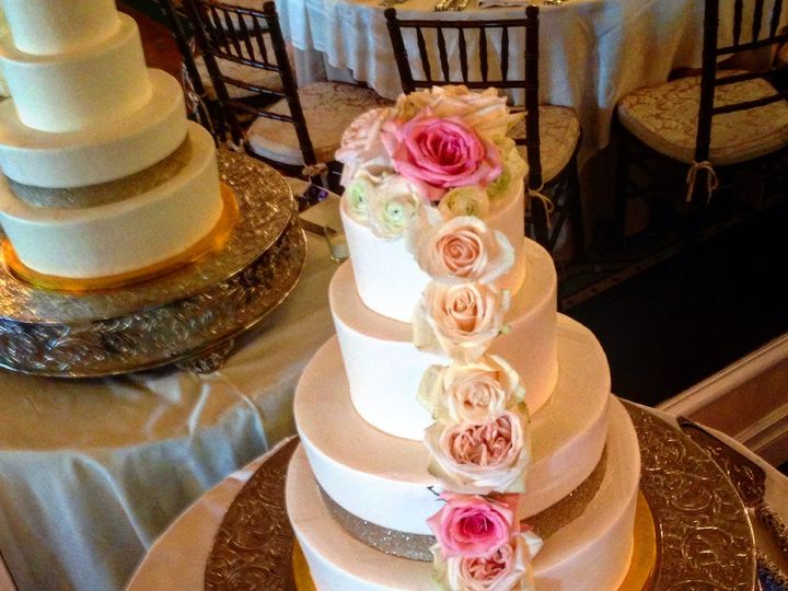 Tmx 1471744451091 Image Little Silver wedding cake