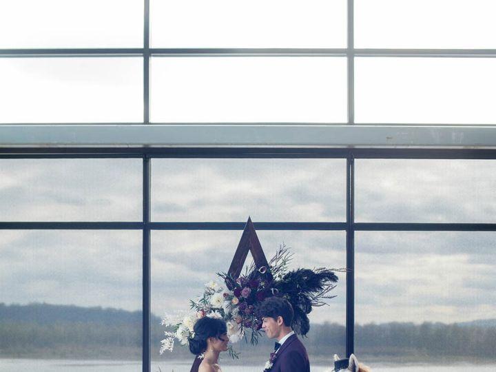 Tmx Crystalgenesphotography201020 145559 51 1916389 162352470127517 Vancouver, WA wedding planner