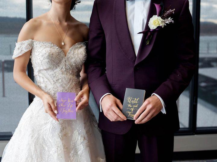 Tmx Crystalgenesphotography201020 152609 51 1916389 162352485755437 Vancouver, WA wedding planner
