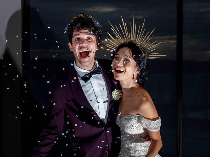 Tmx Crystalgenesphotography201020 153522 2 51 1916389 162352487097069 Vancouver, WA wedding planner
