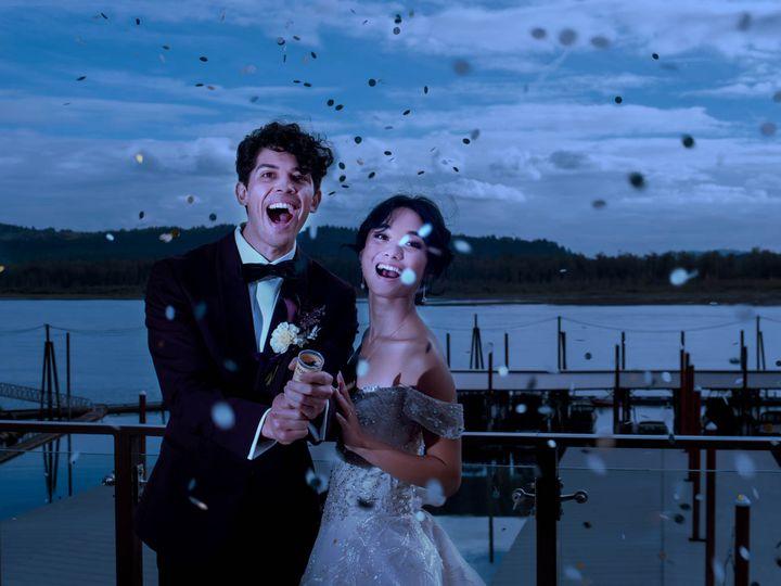 Tmx Crystalgenesphotography201020 154558 2 51 1916389 162352487693404 Vancouver, WA wedding planner