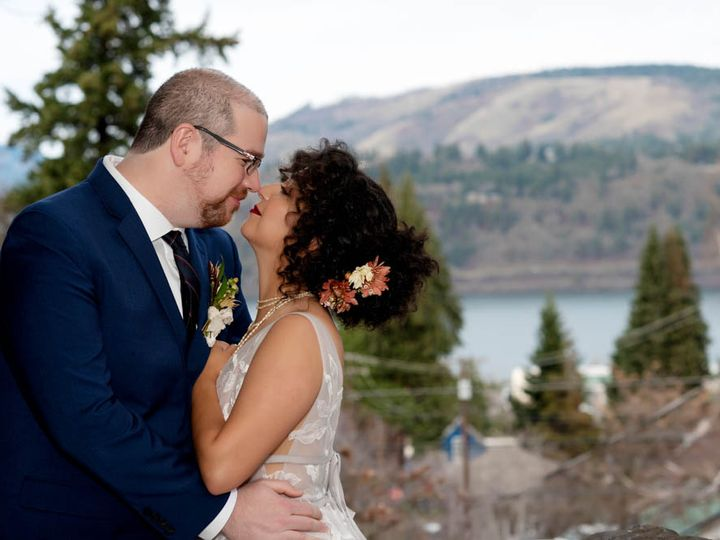 Tmx Crystalgenesphotography210107 154959 51 1916389 162352501242361 Vancouver, WA wedding planner