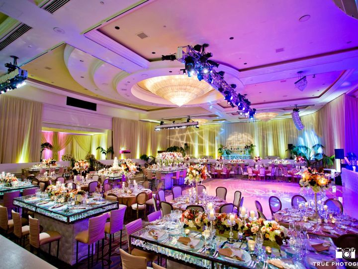 Tmx 1524018920 B8018aa023ee47c9 1524018918 7ff4bfd07bc722a6 1524018892054 12 0032 San Diego, CA wedding photography