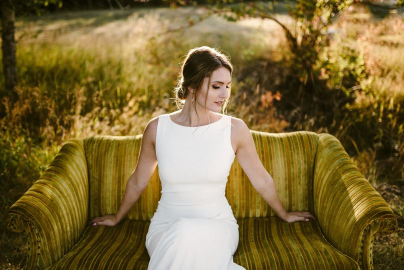 The bride in natural light