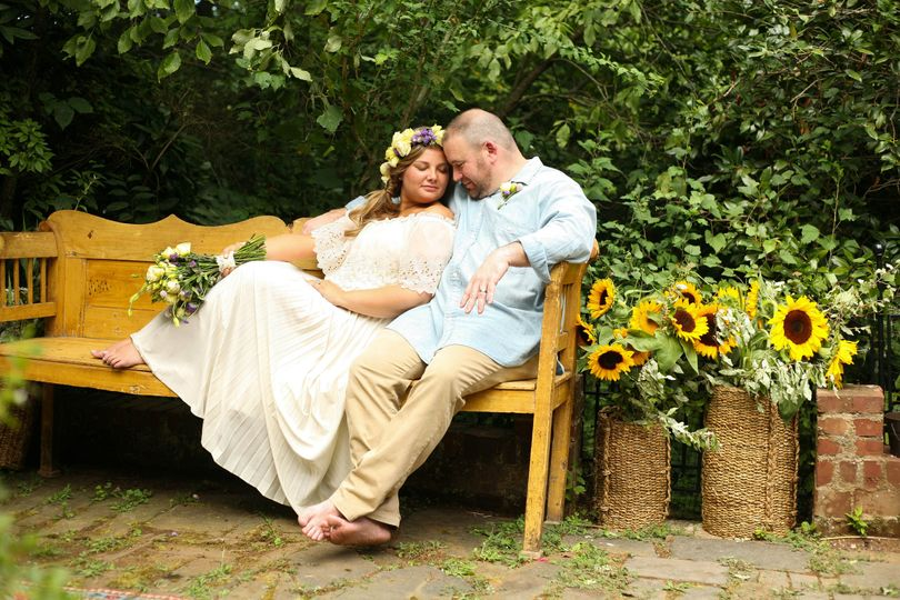 chris carly backyard boonsboro wedding 0411 51 981489 v1