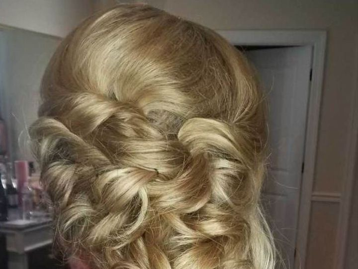 Tmx 1534174535 Ef2dbc26a1e4f230 1534174534 541e1ee3cf8b6132 1534174533090 4 Bridesmaidhair2 Saddle Brook, NJ wedding beauty