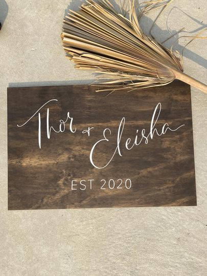 Modern Rustic Welcome Sign
