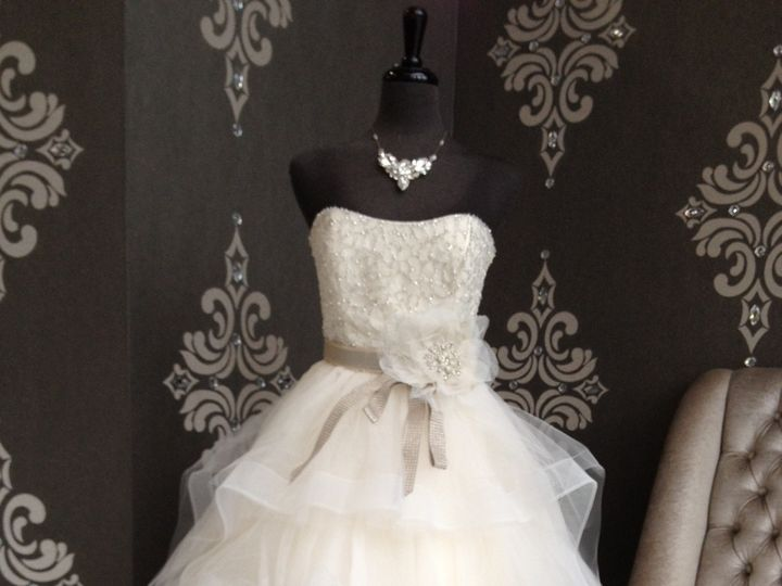 Tmx 1379622186377 Av9308 West Des Moines wedding dress