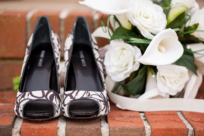 black and white shoes bride flower bouquet