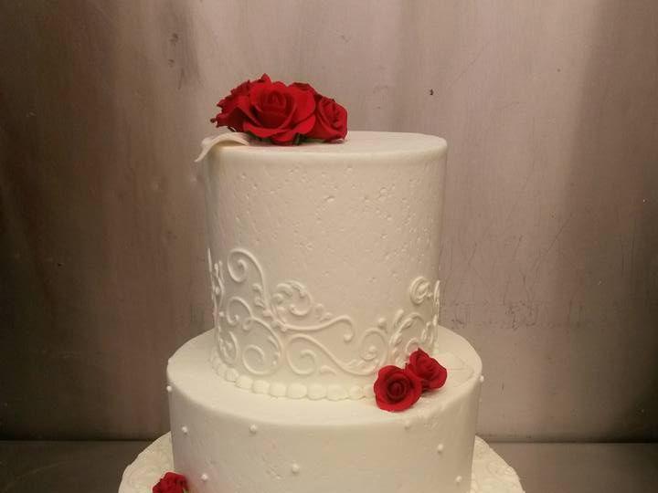 Tmx 11049495 10102145101177265 8667700662850283707 N 51 688489 Olympia wedding cake