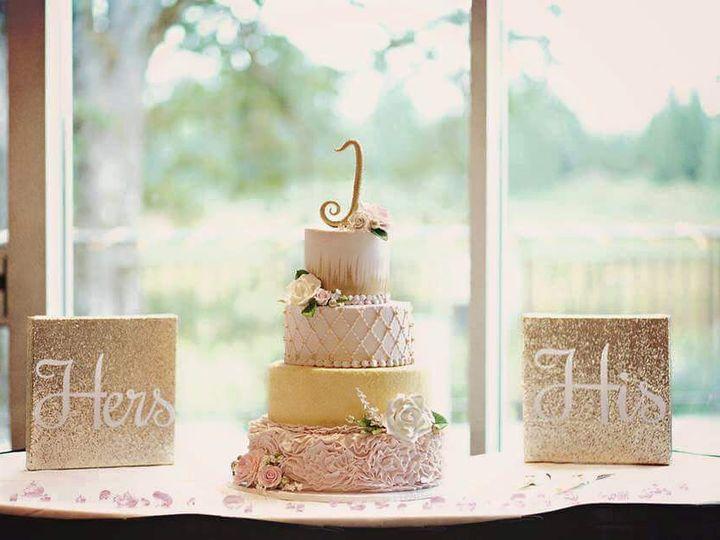 Tmx 11831719 10102071067521305 4161148789619988361 N1 51 688489 Olympia wedding cake