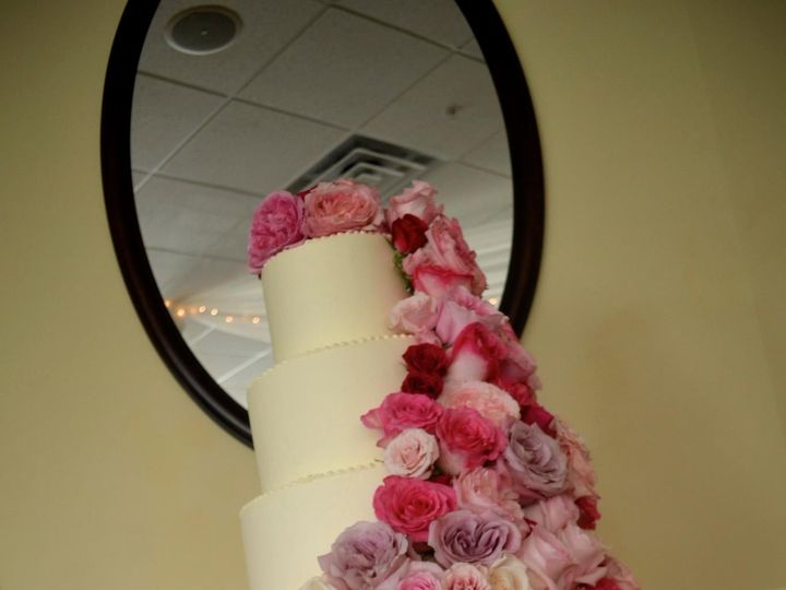 Tmx 1400172405912 3320201015027831072253912264067253876043446066022 Olympia wedding cake