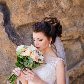 Tmx 13ab765396654ae5a08a5d8f3b66764c Pf 51 1898489 157651803020977 Bellevue, WA wedding beauty