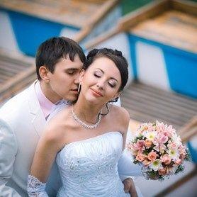 Tmx 50df1743ca0345aaef8cc722516e9c5f Pf 51 1898489 157651803143364 Bellevue, WA wedding beauty