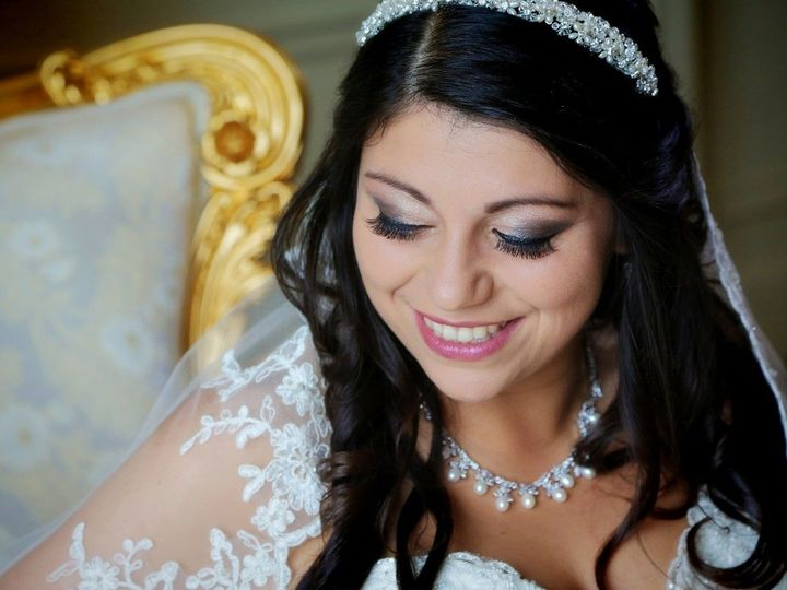 Tmx 1531369363 E41998fd5808adeb 1506460188684 R0012 Waltham, MA wedding beauty