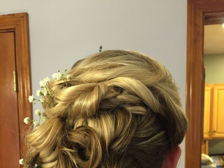 Tmx 1531369789 B11e33573f8643f5 1514400508178 Amanda Hair 2 Waltham, MA wedding beauty