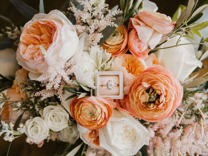 Tmx Breen Mclemore Arianna J Photography Dx2c0744 Copy Big 51 904589 158570999797578 Sarasota, FL wedding florist
