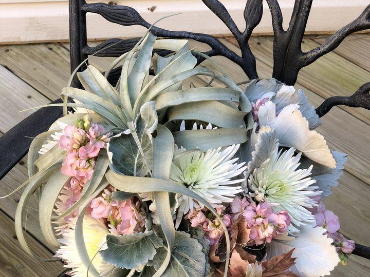 Tmx Fullsizeoutput 5ba 51 1024589 V1 Phoenixville, Pennsylvania wedding florist