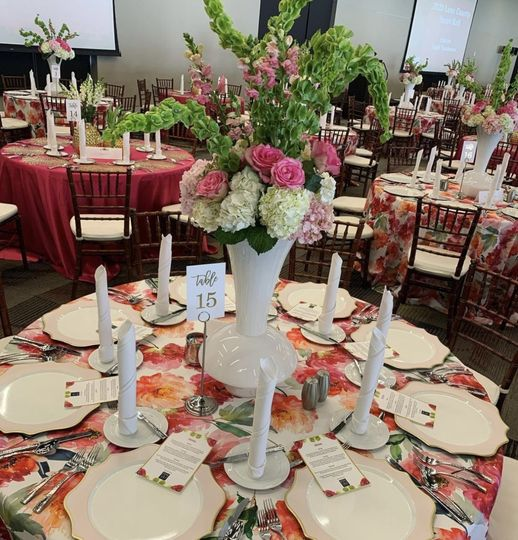 Floral Table Place Setting