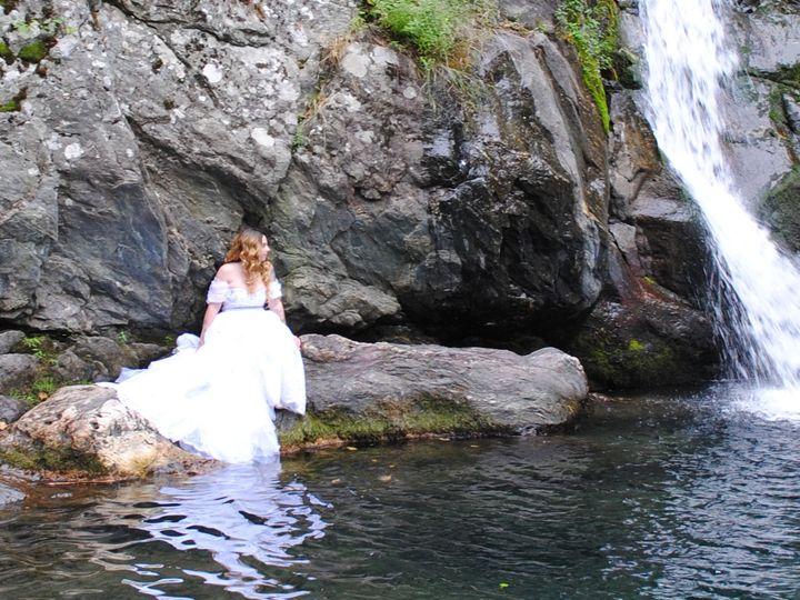 Tmx Edsc 0514 51 1067589 1567506011 Worcester, MA wedding photography