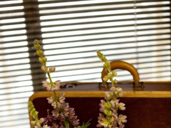 Tmx 1307613412676 PetiteFleurbyTheFrenchBouquetOrganicCenterpiecesArtworksTulsaPhotography1 Tulsa wedding florist