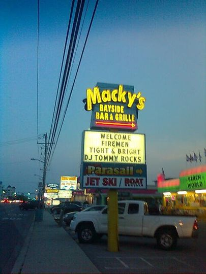 """TiGHT-N-BRiGHT 80's NiTE"" at MACKY's BAYSIDE BAR & GRILL(Ocean City, MD)! {Summer '11}"