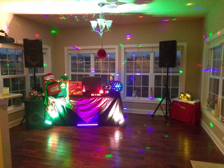 Tmx D 09 51 308589 1572384107 York wedding dj