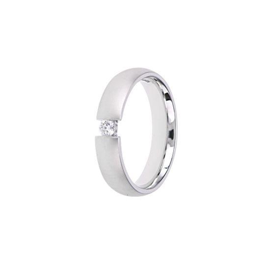 Single stone plain wedding ring