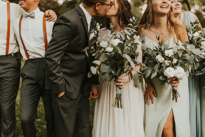 wedding007 46 51 589589 1569536997